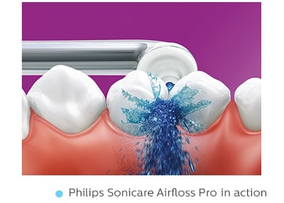 Philips-Sonicare-Airfloss-in-action